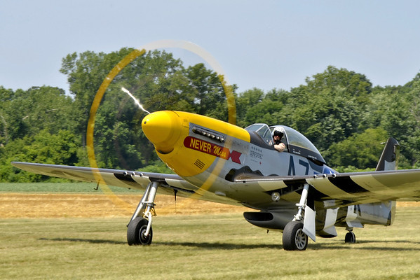 """""""Never Miss"""" P-51"""