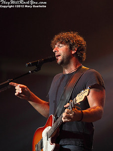 Billy Currington performs on May 3, 2012 at the Tsongas Center in Lowell, MA