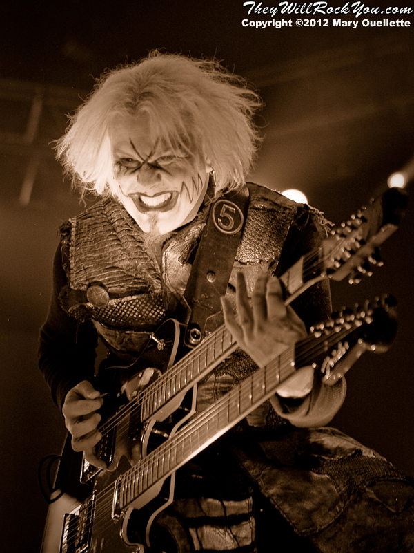 "John 5 of Rob Zombie performs on October 21, 2012 on the ""Twins of Evil"" tour at the Verizon Wireless Center in Manchester, New Hampshire"