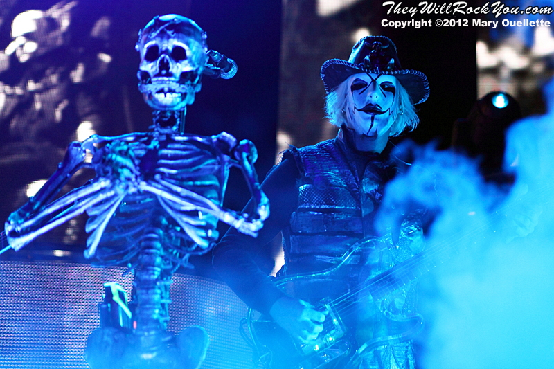 """John 5 of Rob Zombie performs on October 21, 2012 on the """"Twins of Evil"""" tour at the Verizon Wireless Center in Manchester, New Hampshire"""