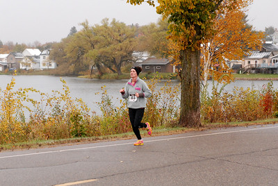 Harvest Half and 5K finish -84