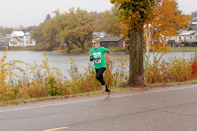 Harvest Half and 5K finish -88