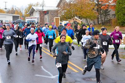 Harvest Half Marathon start and trail run-35