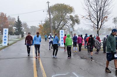 Harvest Half Marathon start and trail run-13