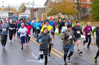 Harvest Half Marathon start and trail run-34