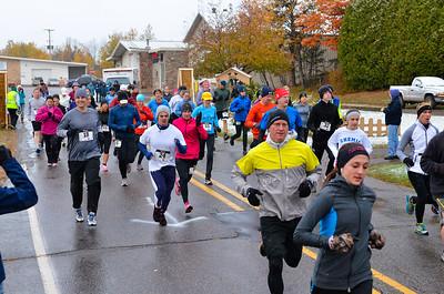 Harvest Half Marathon start and trail run-37
