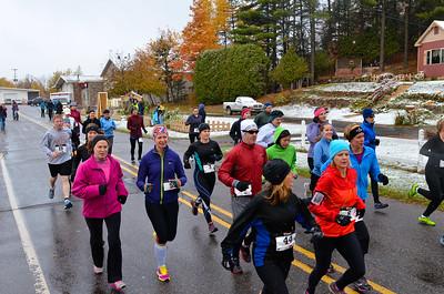 Harvest Half Marathon start and trail run-45