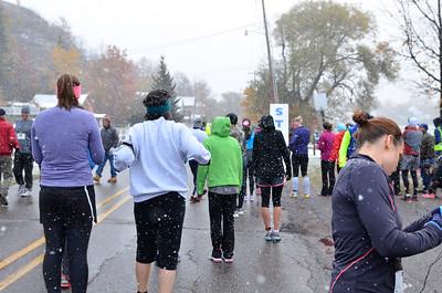 Harvest Half Marathon start and trail run-15