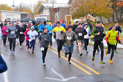 Harvest Half Marathon start and trail run-32