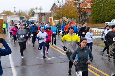Harvest Half Marathon start and trail run-36