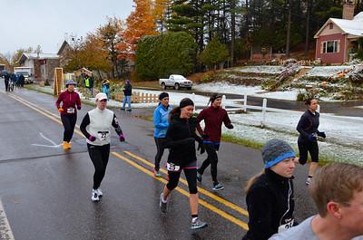 Harvest Half Marathon start and trail run-51
