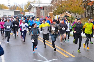 Harvest Half Marathon start and trail run-33