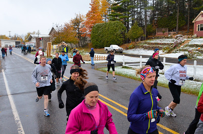 Harvest Half Marathon start and trail run-46