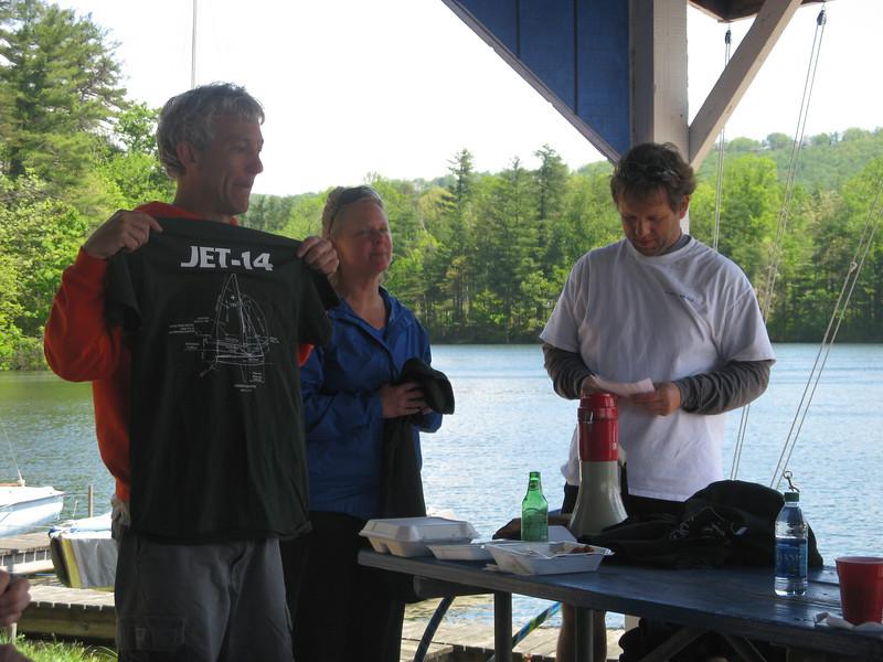 Tom and Paula show off the regatta award t-shirt