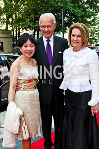 Rep. Doris Matsui, Roger and Vicki Sant. 2012 Phillips Collection Gala. Photo by Tony Powell. May 4, 2012
