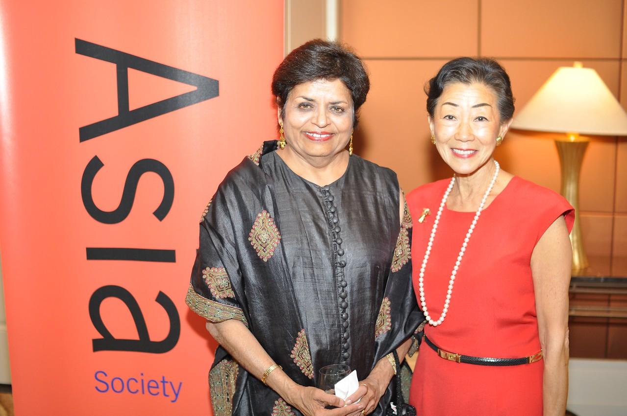 Vishakha Desai, Lulu Wang,  Asia Society Awards Dinner, at the Mandarin Oriental, Tuesday, June 19th, 2012.  Photo by Ben Droz