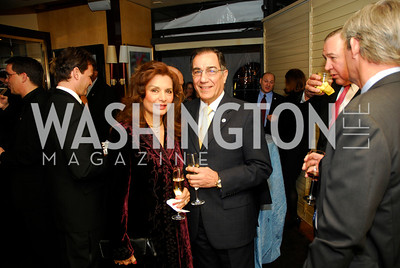 Shelia Saleh,Peter Saleh,March 1,2012,Courage and Compassion Award Dinner at Cafe Milano,Kyle Samperton