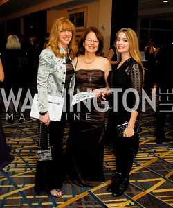 Cyndy Esty,Marion Hecht,Olivia Serio,November 9,2012,Heroines in Technology Awards Gala,Kyle Samperton