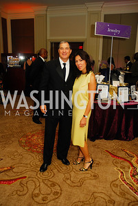 Jim Abdo,Mai Abdo,September 22,2012,Joan Hisaoka  Make a Difference Gala,Kyle Samperton