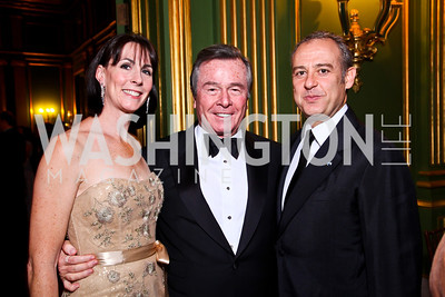 Andrea Stern Ferris, Paul Stern, Mexico Amb. Arturo Sarukhan. Photo by Tony Powell. 2012 LUNGevity Gala. Mellon Auditorium. September 14, 2012