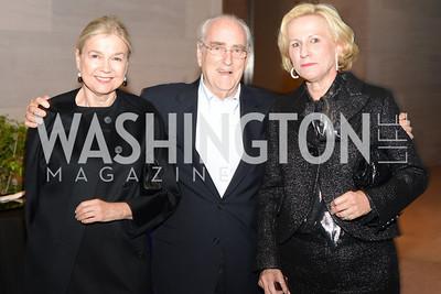 Ursula Helman, Joe Helman, Jacki Blum,  Roy Lichtenstein Retrospective opens at the National Gallery of Art.  Photo by Ben Droz.