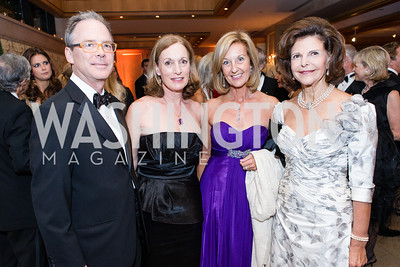 Matthew O'Connell, Libby O'Connell, Yvonne Thunell, HM Queen Silvia of Sweden. Mentor Foundation USA International Gala. Photo by Alfredo Flores. Four Seasons Hotel. September 20, 2012