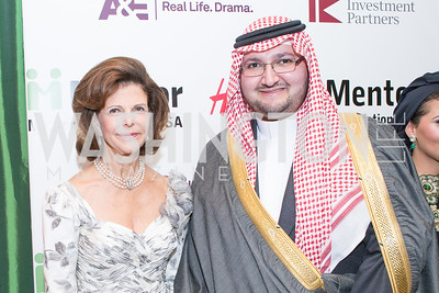 HM Queen Silvia of Sweden, Prince of Saudi Arabia Abdul Aziz Bin Talal Bin Abdul Aziz Al Saud. Mentor Foundation USA International Gala. Photo by Alfredo Flores. Four Seasons Hotel. September 20, 2012