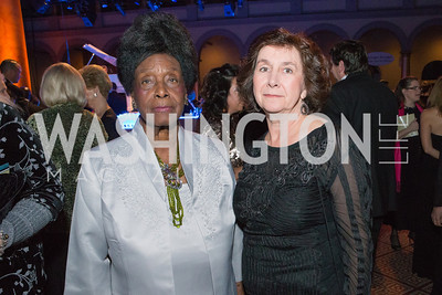 Bernice Harper, Denise Mead. Passion for Caring Gala. Photo by Alfredo Flores
