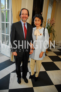Jeffery Cunard,Mariko Ikehara,April 11,2012,Reception for Dame Jillian Sackler at The Residence of the British Ambassador,Kyle Samperton