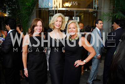 Carole Feld,Bonnie McElveen-Hunter,Debbie Sigmund,September 12,2012,Reception for Foundation for Afghanistan,Kyle Samperton