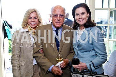 Susan Hurley Bennett, Arnaud and Alexandra de Borchgrave.  McLaughlin Brunch. Photo by Tony Powell. Hay Adams. April 29, 2012