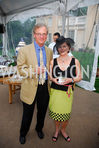 Mark McInturff,Eleanor Denegre,.May 23,2012,Tudor  Place Garden Party,Kyle Samperton