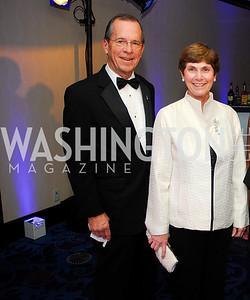 Adm. Mike Mullen,Deborah Mullen,November 2,2012,USO Gala,Kyle Samperton