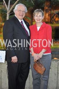 Jorge and Sharon Ribas. Zoofari at the National Zoo.  May 17, 2012.  Photo by Ben Droz