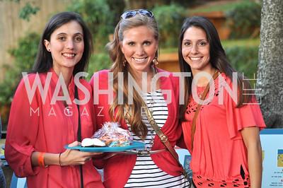 Elena Hopkins, Angela Wiedeman, Ali Moreland. Zoofari at the National Zoo.  May 17, 2012.  Photo by Ben Droz