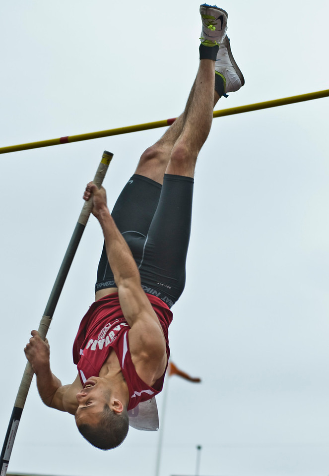 The Penn RelaysMPoleVault000446