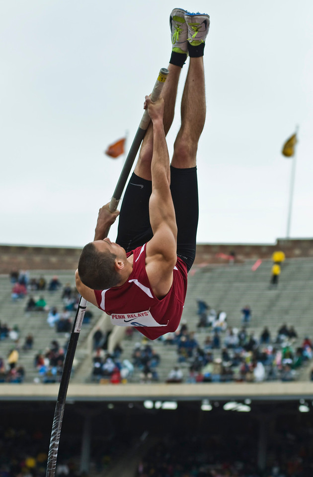 The Penn RelaysMPoleVault000433