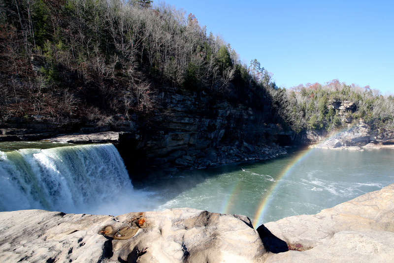 Day 323 - 18 November 2012<br /> Cumberland Falls - One of only two waterfalls in the world that are known to have moon-bows created by the moonlight reflecting off of the water.  On the day of our visit, the waterfall had two rainbows.