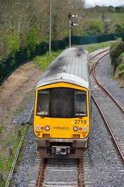 2722 + 2719 departing Tipperary with the 1355 Limerick Jct - Waterford. Sat 07.04.12