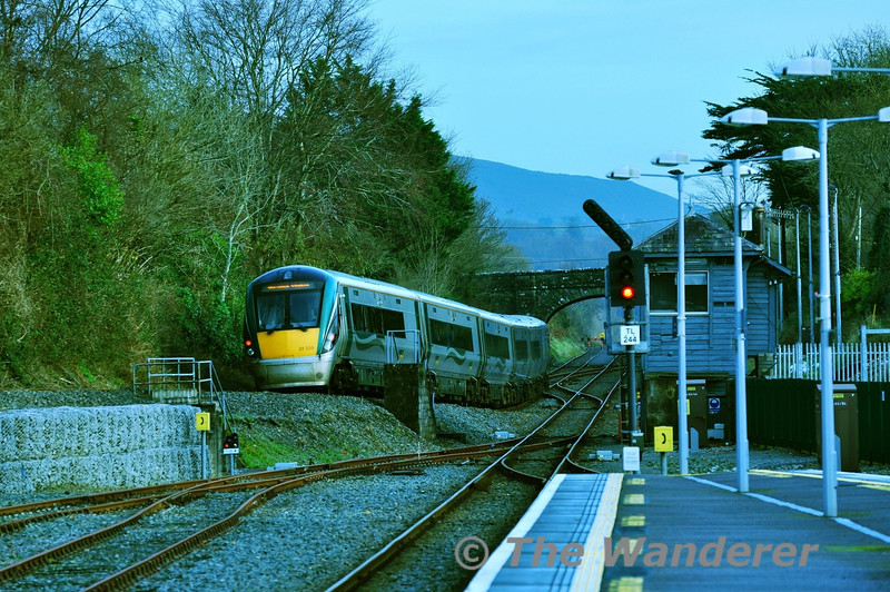 22035 runs down the bank into Killarney Check Siding with the 1345 Tralee - Heuston. Sun 09.12.12