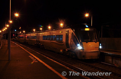 Later in the evening 22003 is seen again at Farranfore with the 1715 Tralee - Cork.  Fri 07.12.12