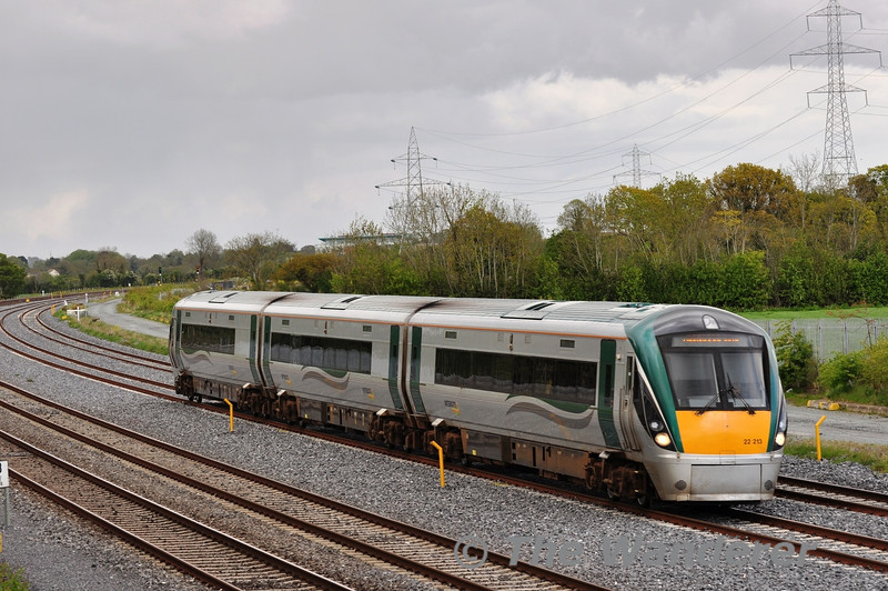 22013 1810 Heuston - Newbridge at Stacumny Bridge. Tues 15.05.12