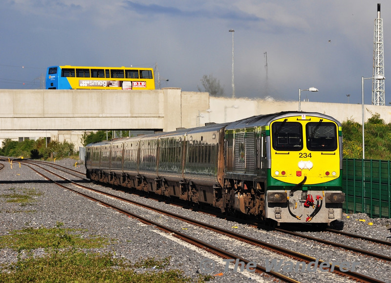 234 is pictured at Clondalkin / Fonthill Road with the slightly late 1900 Heuston - Cork. The incoming service had been delayed at Portlaoise due to the earlier failure of the 1330 Cork - Heuston service. Tues 15.05.12