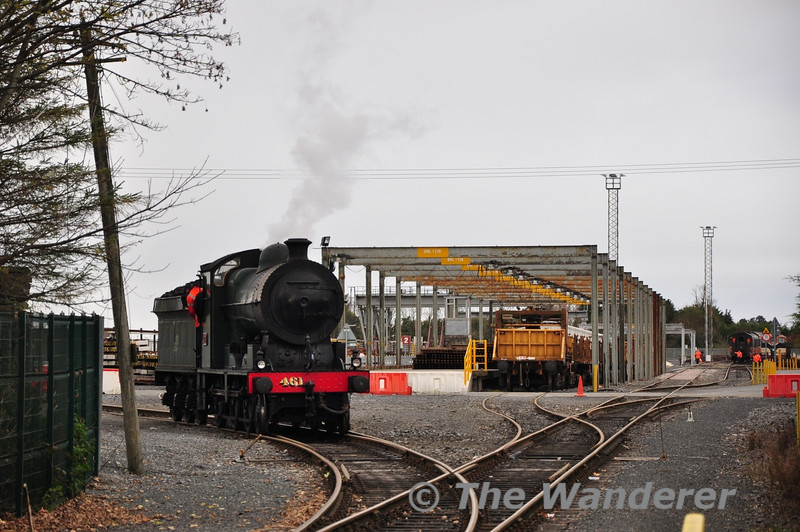 461 proceeds into the heart of the yard at Portlaoise to take on Water. Wed 07.11.12