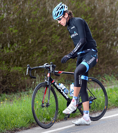 Thomas Dekker has snapped a pedal off - the local hero needs to change bikes...