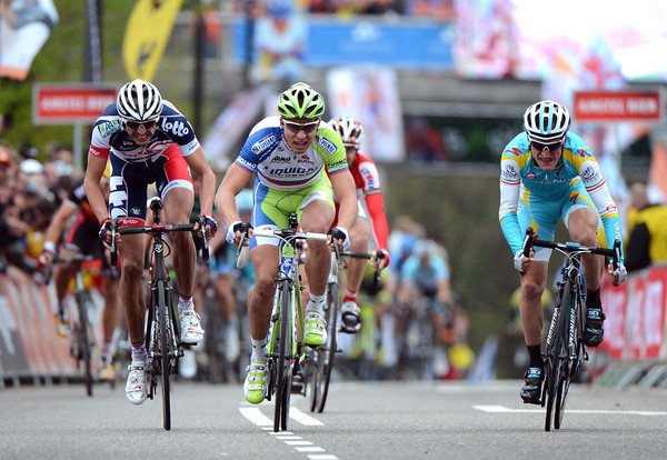 Peter Sagan (centre) seems to have the race won in sight of the finish-line...