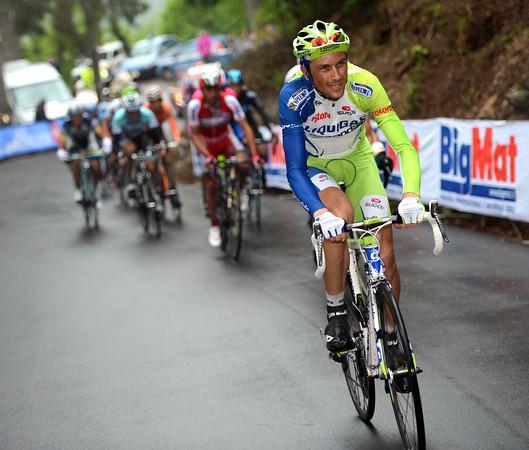 Ivan Basso makes a tentative move with Kreuziger...