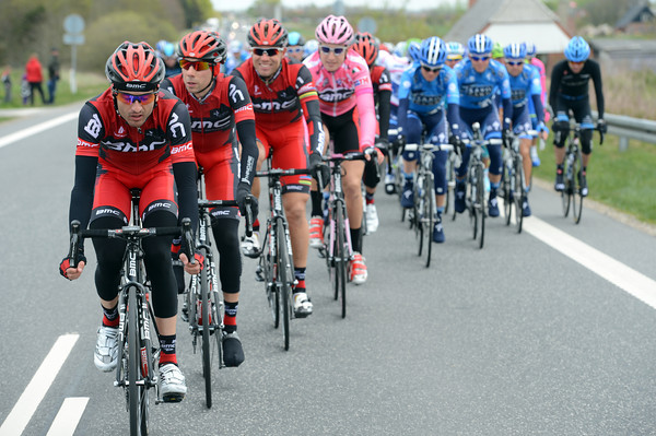 Johan Tschopp is leading the BMC train in early pursuit of the three escapers...