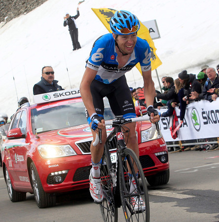 Hesjedal loses time, but his overall chances of victory are very much alive...