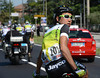 Fumiyuki Beppu wants to collect water-bottles, but his team car is busy with someone else..!